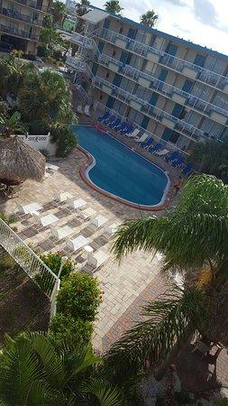 Magnuson Hotel Clearwater Beach: 20160718_093304_large.jpg