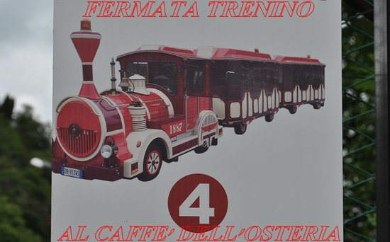 Pella, Italia: trenino turistico