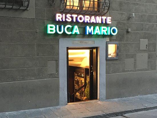 Buca Mario 사진