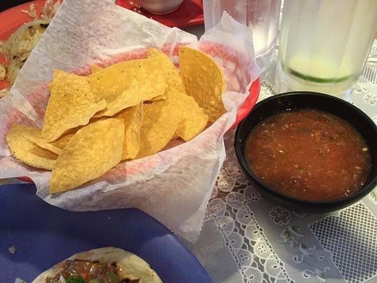 Leesburg, VA: chips & salsa very fresh crispy not greasy!