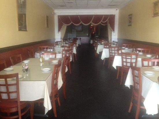 Lawrenceville, NJ: Inside seating