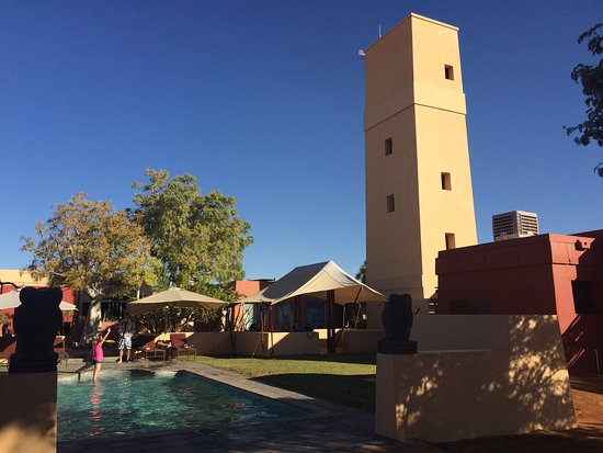 Sesriem, Namibia: Enjoying the warm weather