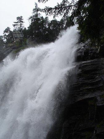 Langenfeld, النمسا: Waterfall