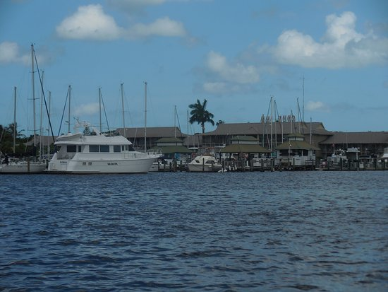 Cove Inn on Naples Bay: Boat ride view, approaching Inn, from the south, heading north