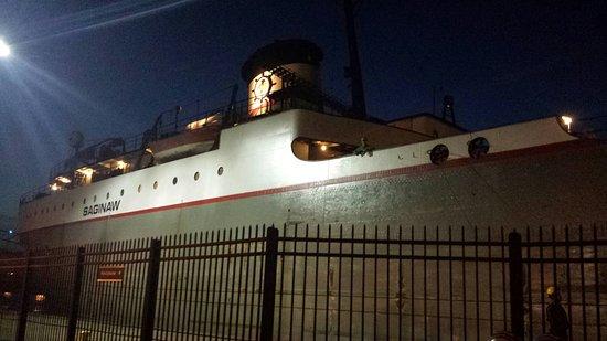 Longships Motel: 20160719_221535_large.jpg