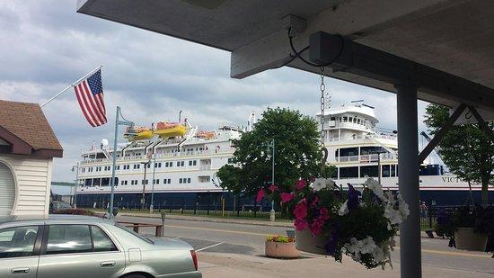 Longships Motel: 20160720_092333_large.jpg