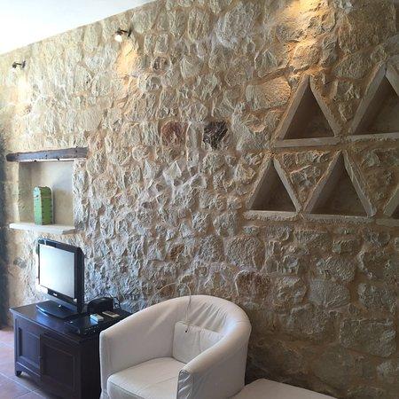 Olive Coast Suites: photo0.jpg