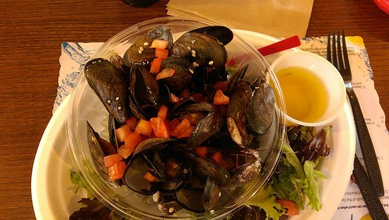 Freeport, ME: Steamed mussels