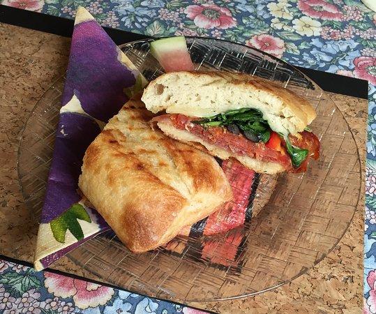"""Oliver, Canadá: """"Italian"""" panini"""