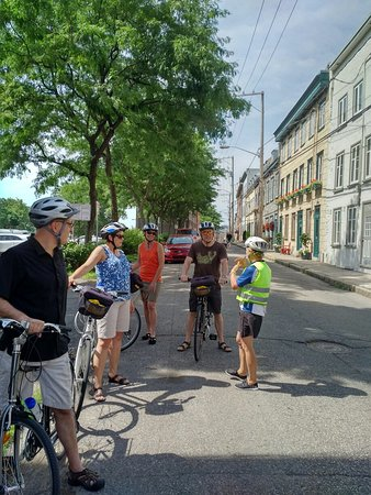 Cyclo Services Day Tours: Amazing bike tour with Carol!