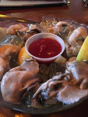 Depoe Bay, OR: Oysters!! YUM! YUM!