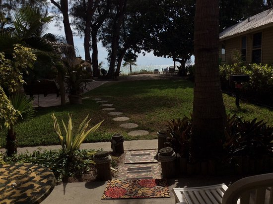 Angelinos Sea Lodge: View from Barbados unit. Beautiful grounds and beach