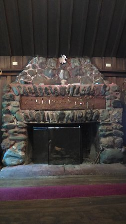 Redway, CA: Fire place