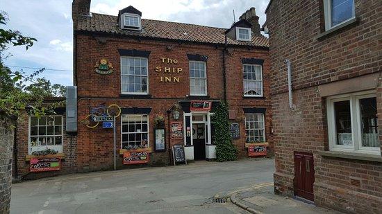 The Ship Inn Sewerby: 20160721_130950_large.jpg