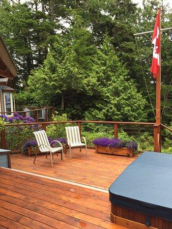 A Snug Harbour Inn: photo3.jpg