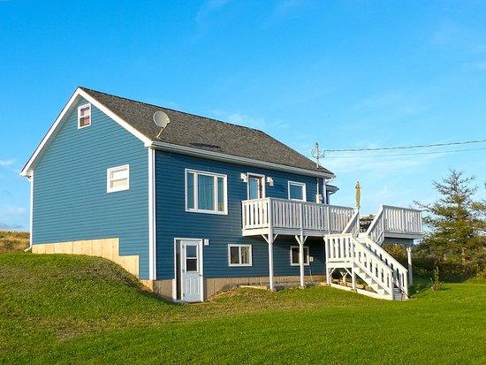 Reid's Century Farm Tourist Home