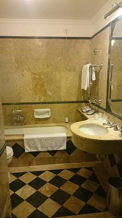 Hotel Savoy: DSC_1461_large.jpg