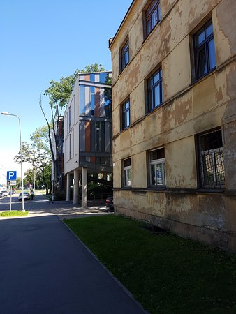 Rixwell Elefant Hotel: View from the street