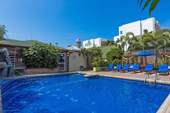 Balandra Hotel: Piscina / Swimming Pool