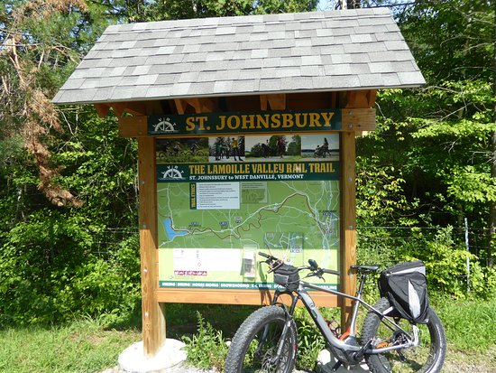 Saint Johnsbury, VT: Trail head at St Johnsbury