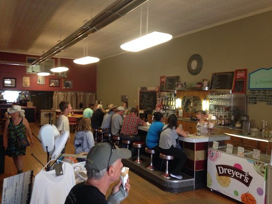 Things To Do in The White River Museum, Restaurants in The White River Museum