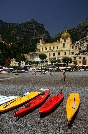 Day Tour in Italy: A beachfront view of Positano
