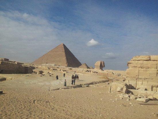 Cheops-Pyramide: Pirando