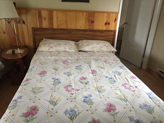 Bear's Paw Motel