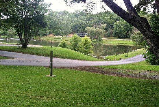 Staunton, VA: Pretty lake view