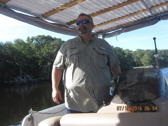 Chiefland, FL: Capt. Eddy looks out for alligators