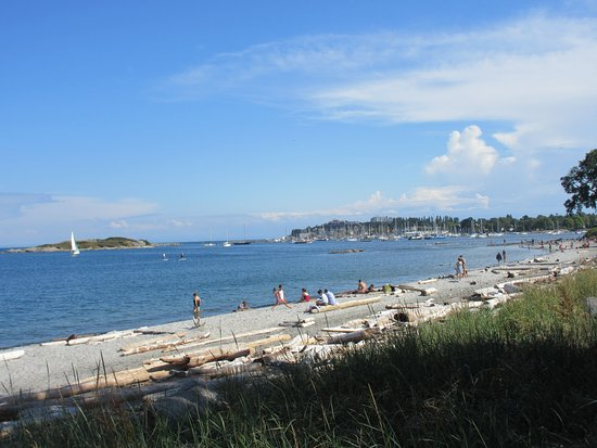 Oak Bay, Канада: Beach side View