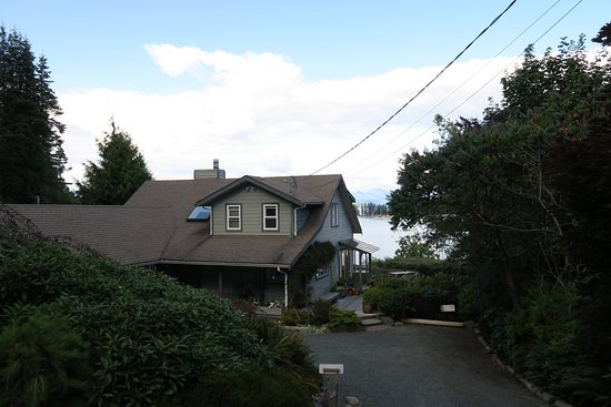 Quadra Island, Canada: View of the bed and breakfast
