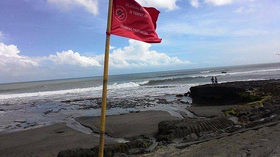 Mengwi, Indonesia: Beach flag