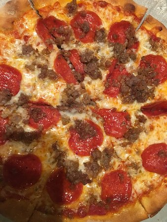 Newark, DE: Brick Oven Pizza!