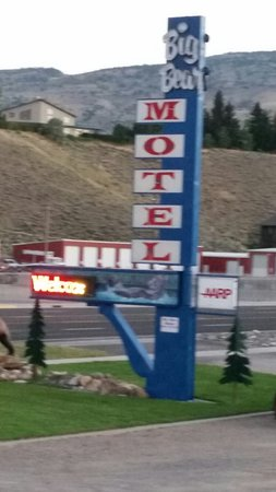 Big Bear Motel: 20160718_210525_large.jpg