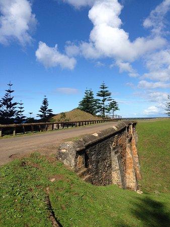 Norfolk Adası, Avustralya: Other side of the bridge
