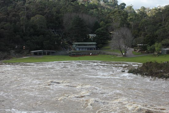 Launceston, Australia: Cateract Gorge looking towards the Cafe from the lookout above the Suspension Bridge