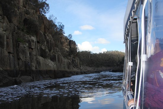 Launceston, Australia: Leisurely cruise up Cataract Gorge