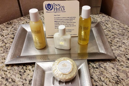 Inn of the Hills Hotel & Conference Center: Gilchrist & Soames toiletries