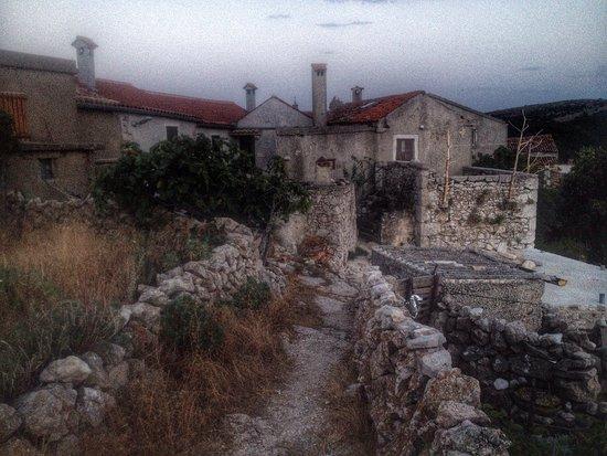 Lošinj Island, كرواتيا: photo0.jpg