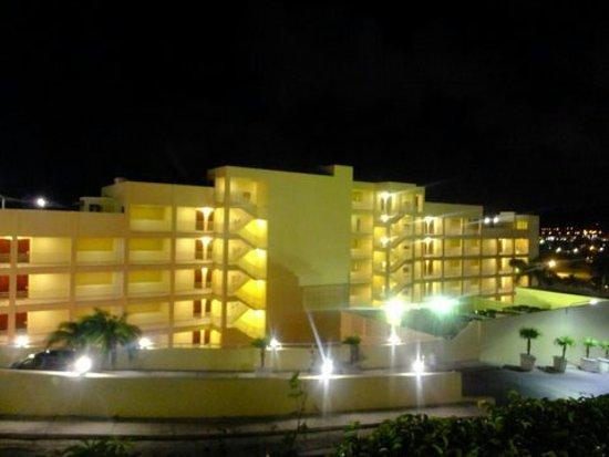 Simpson Bay Resort & Marina: DSCF0238_large.jpg