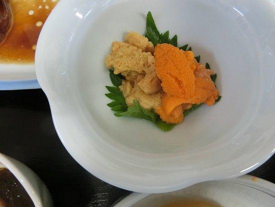 Rishirifuji-cho, Japan: うにの夕食