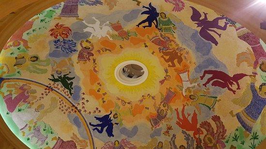 San Pedro Garza Garcia, Mexico: The ceiling of the hotel's main lobby has a gorgeous fresco