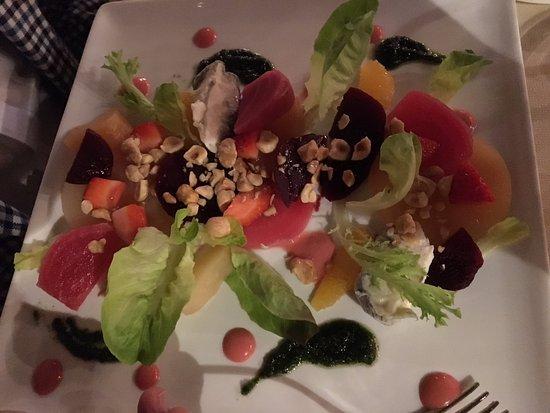 Sinio, Italia: Amazing Beet Salad!
