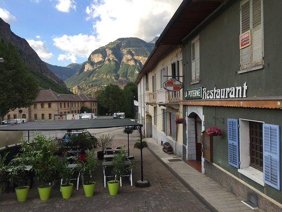 Saint-Jean-de-Maurienne, Prancis: photo0.jpg