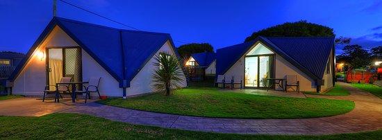 Merimbula, Australia: Park setting Cabins