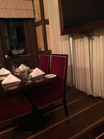 17 at Alden-Houston: a few small tables