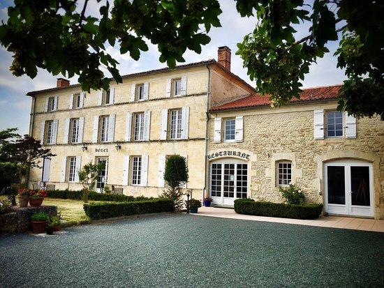 Tonnay-Boutonne, Francia: photo0.jpg