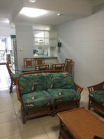 At the Mango Tree Holiday Apartments: photo2.jpg