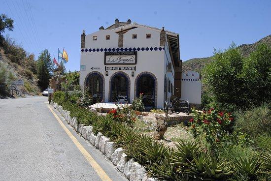Alora, إسبانيا: hotel desde el exterior